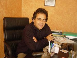 Docteur Taha Rhounim Elidrissi est né en 1958 à Casablanca.