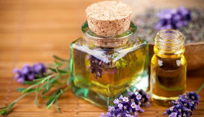 huiles-essentielles-et-votre-peau-ete